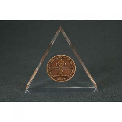 Lucite Triangle Embedment